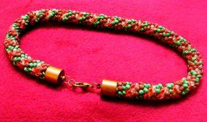 biżuteria ręcznie robiona, naszyjnik na szydełku z koralików
