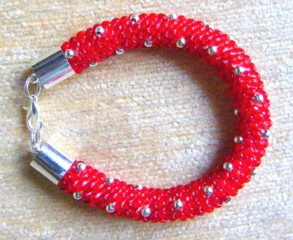 bransoletka z koralików toho