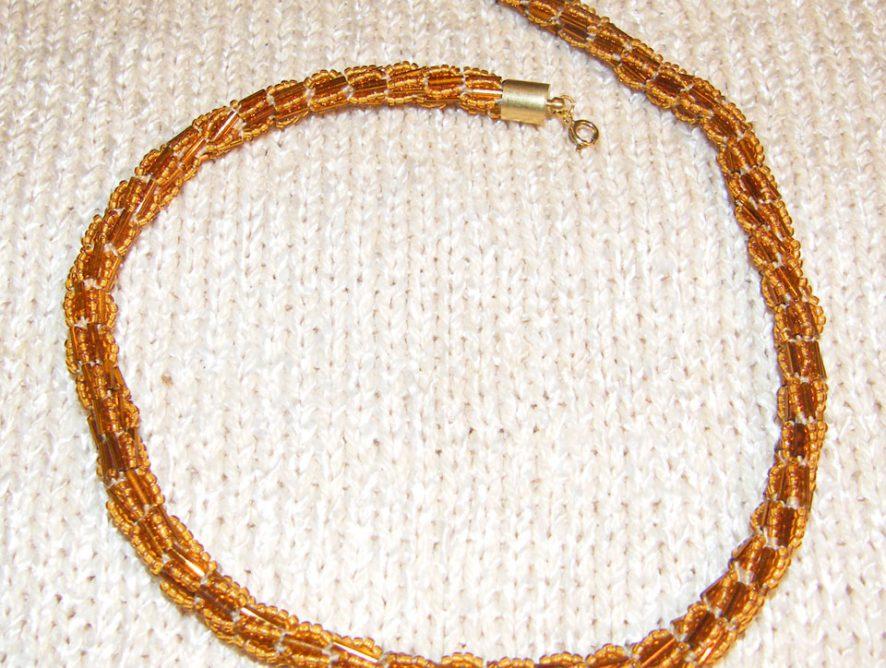 naszyjnik z koralików